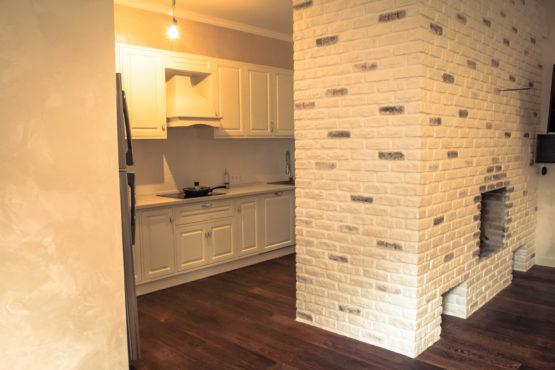 Отделка каминного зала с кухней и туалетом 3 - Реализованные проекты